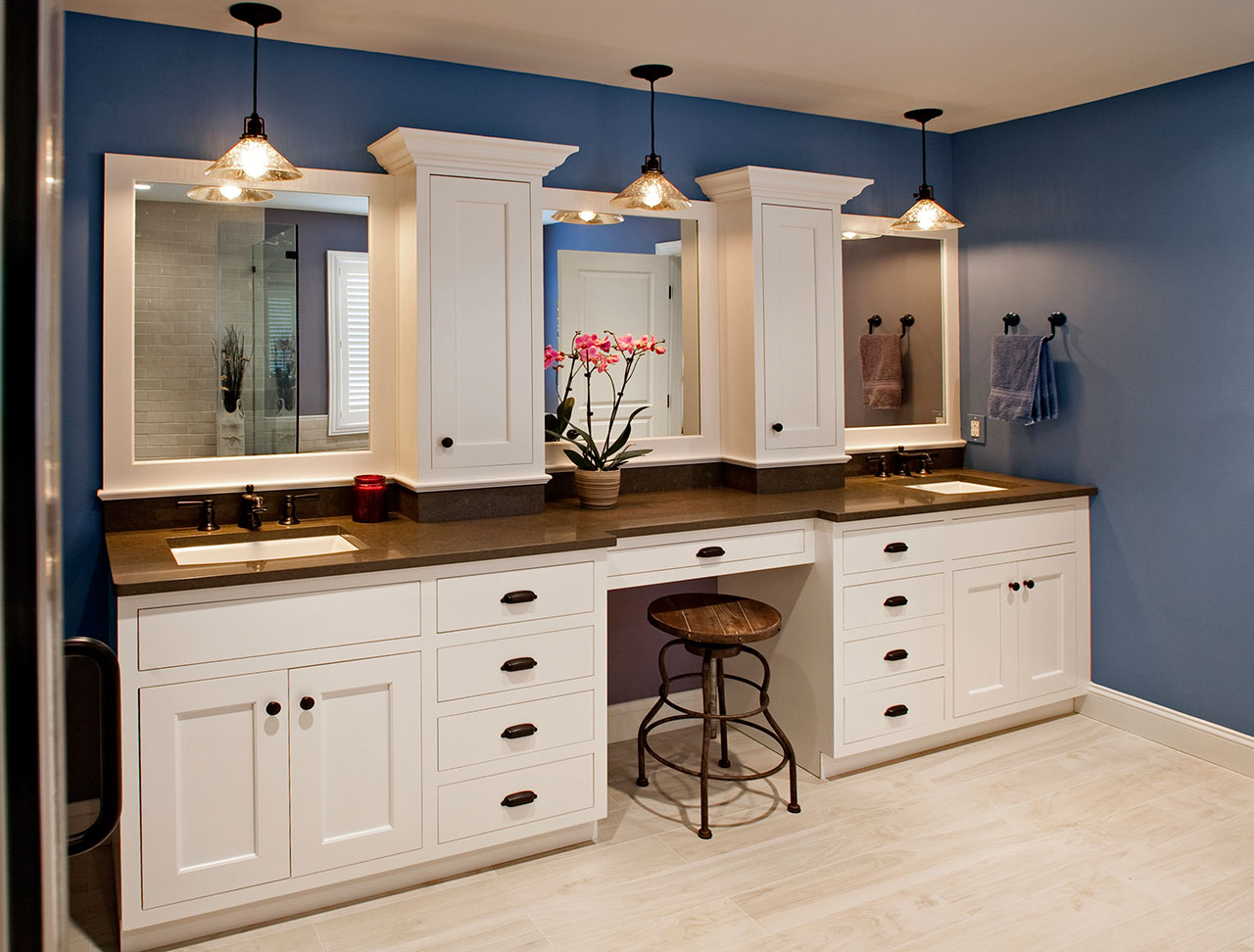 Transitional Bathrooms Designs & Remodeling | HTRenovations